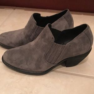Born charcoal boots size 10-new